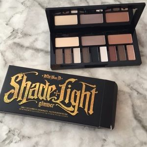 Shade + Light Glimmer ✨ Eye Contour Shadow Palette